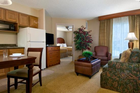 Midvale, UT: Double Suite Living Area