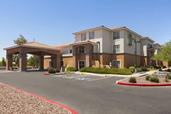 Homewood Suites by Hilton Phoenix / Scottsdale