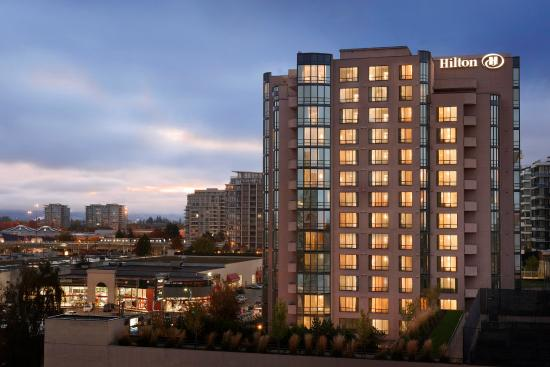 Hilton Vancouver Airport: Hotel Exterior