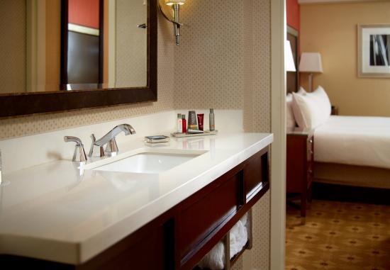 Dunwoody, GA: Hospitality Suite Bathroom
