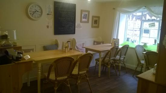 Helmsley, UK: Downstairs at Crema Coffee House