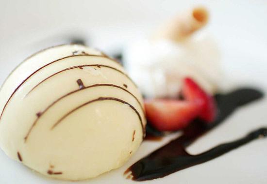 Boston Marriott Quincy: Exquisite Desserts