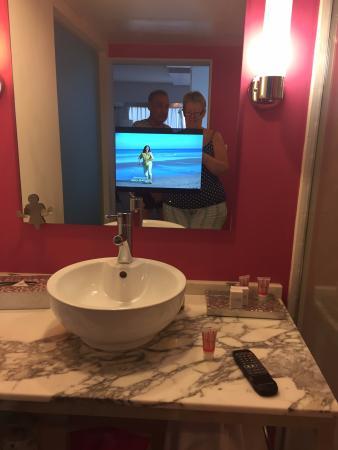 Flamingo Las Vegas Hotel Casino Bathroom Tv In The Mirror