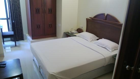 Strand Hotel: Guestroom