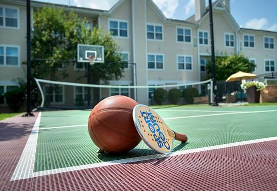 Andover, MA: Sports Court