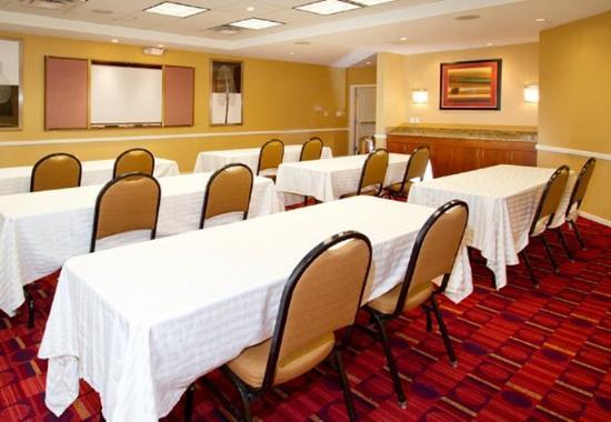 O'Fallon, MO: Meeting Room – Classroom Setup