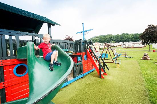 Blairgowrie Holiday Park: Play area