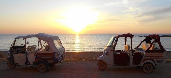 Matrimonio Spiaggia Gallipoli : Gallipoli tour in apecar matrimonio salento in spiaggia picture of