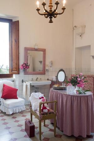 Villa Giulia: A bathroom
