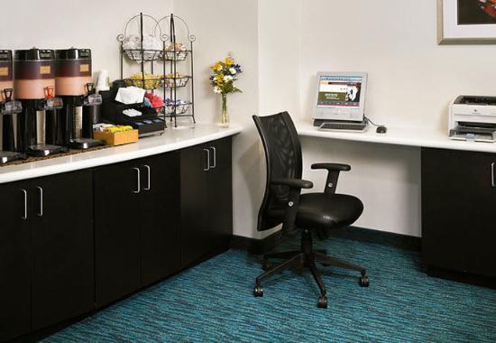 Lincolnshire, IL: Business Center