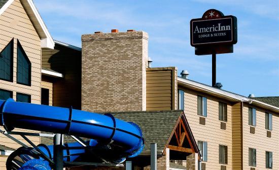 AmericInn Lodge & Suites Rapid City: Exterior