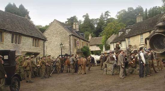 Chippenham, UK: Filming War Horse