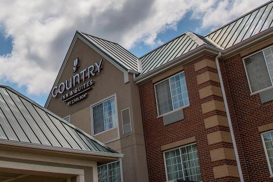 Country Inn & Suites By Carlson, Valparaiso