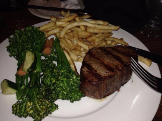 Vail Ranch Steakhouse : 11 oz Filet