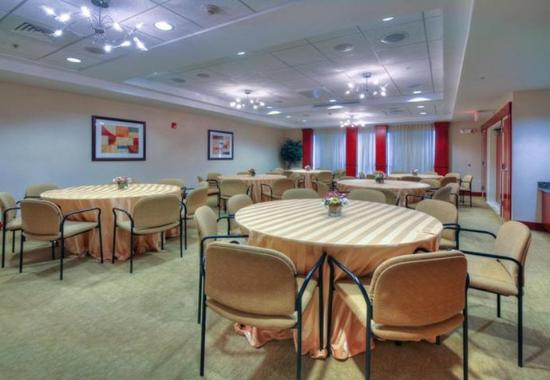 Somerset, NJ: Meeting Room