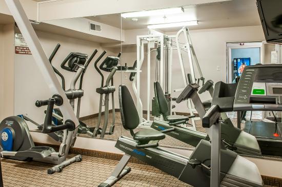 Quality Inn - Farmington: Fitness Center