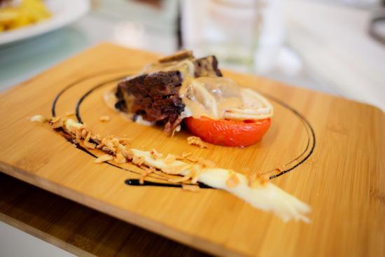 Puebla de Vallbona, Spania: Amantes de la Carne