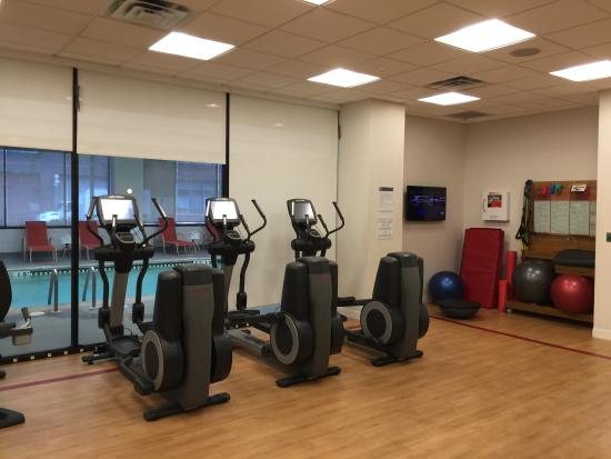 Clean and big size gym picture of sheraton lincoln harbor hotel