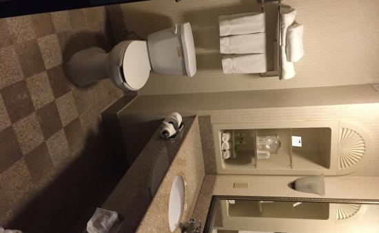 Richfield, OH: Guest Bathroom