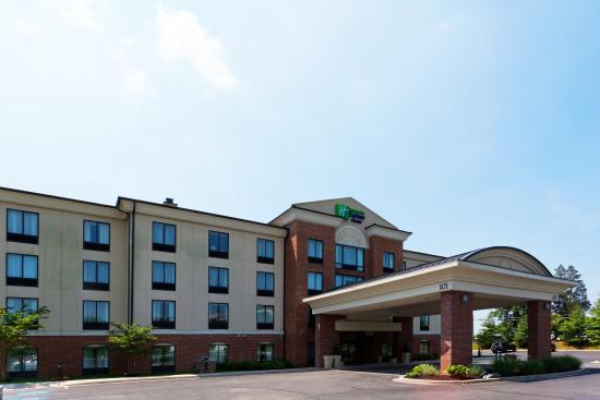 Photo of Holiday Inn Express Hotel & Suites North East