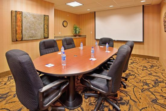 Hastings, NE: The Small Meeting Room Offers Privacy For Your Meeting