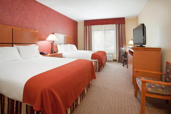 Holiday Inn Express Hotel & Suites Loveland: Double Bed Guest Room