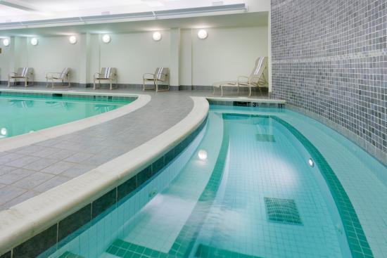 Victor, NY: Hot Tub