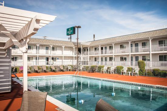 Roseburg, OR: Pool