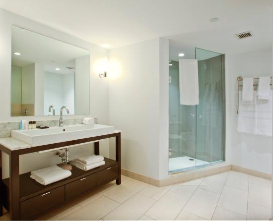 Generous Cleaning Bathroom With Bleach And Water Small Ada Grab Bars For Bathrooms Square Bathroom Suppliers London Ontario Custom Bath Vanities Chicago Youthful Bath Step Stool Seen Tv GrayBathrooms With Showers And Tubs Pantages Suite Bathroom   Picture Of Pantages Hotel Toronto Centre ..