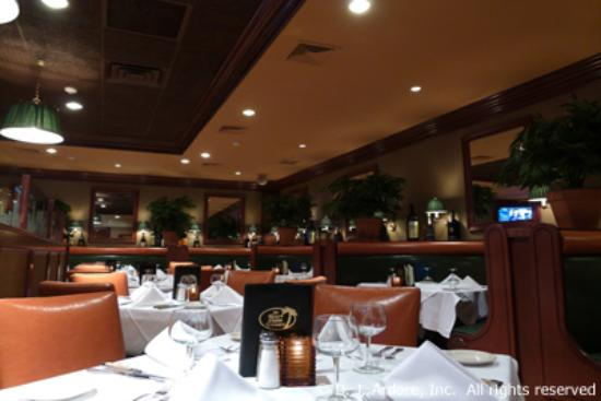 Edgewater, Nueva Jersey: The Palm Room
