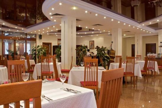 Tatiana Hotel : Restaurant