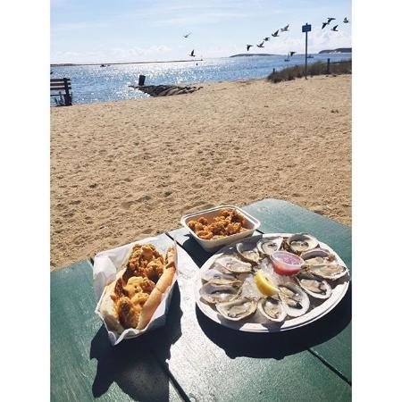 Mac's On the Pier : Lunch at the Pier