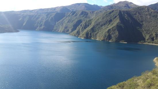 Hermosa laguna vista desde la cima del sendero 40min aprox