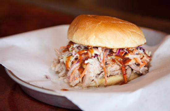 Mount Juliet, Теннесси: Pulled Pork - with Slaw
