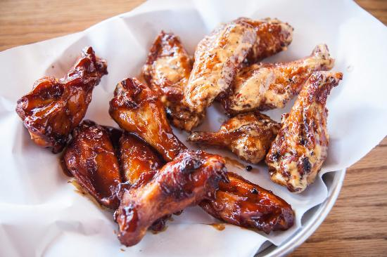 Mount Juliet, TN: Smoked Wings
