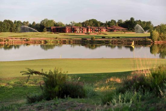 Photo of Golf du Medoc Hotel & Spa Le Pian Medoc