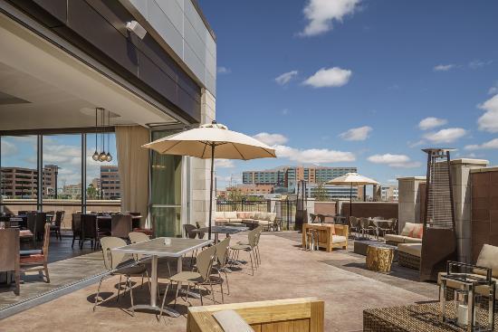 Hyatt Regency Aurora Denver Conference Center Borealis Patio Dining Area