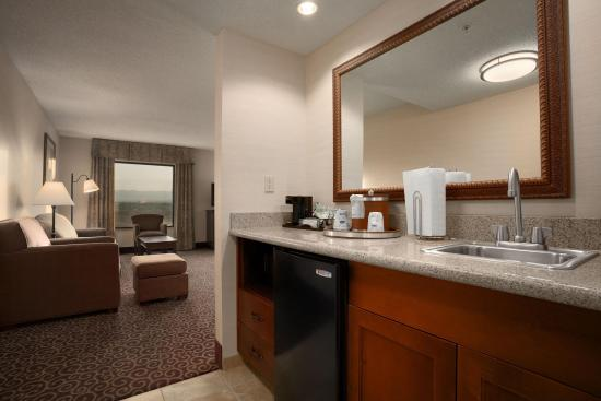 Sheridan, WY: Suite Wetbar and Living Area