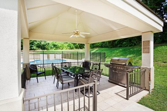 Candlewood Suites Knoxville Airport-Alcoa: Guest Patio