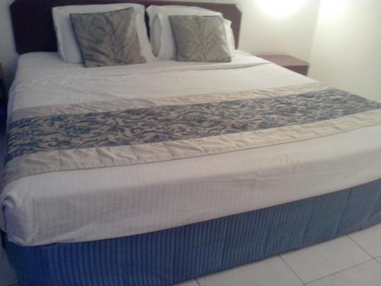 Shivalik View: Bedroom