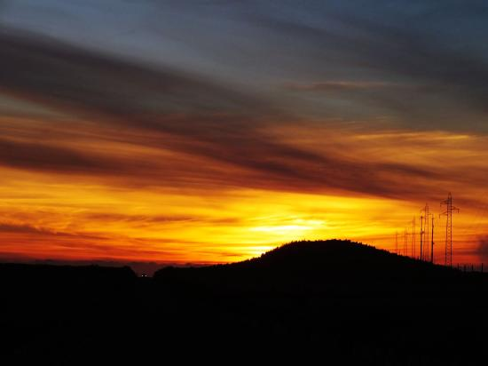 Calheta, Πορτογαλία: Sunset colors in Paul da Serra, Madeira