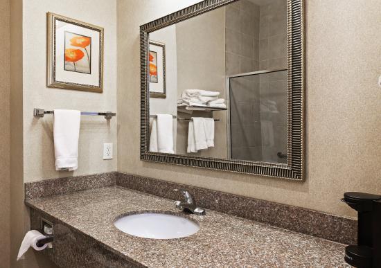 Kilgore, تكساس: Our spacious Guest Bathroom