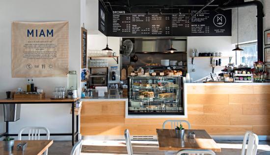 Miam Café & Boutique