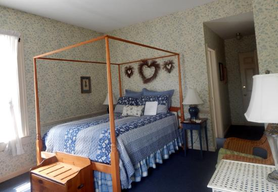 Lanesboro, MN: The River Song Room #1