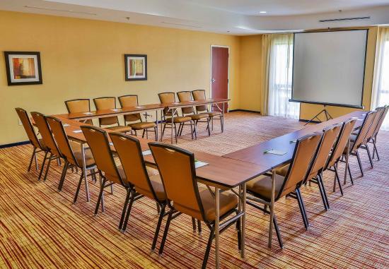 Spanish Fort, AL: Meeting Room - U-Shape Setup