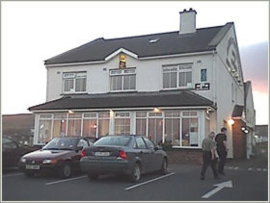 Achill Cliff House Hotel: Front of Hotel