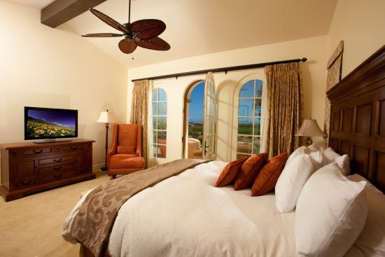 Terranea Resort - Villa King Bedroom