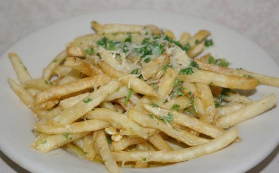 Alton, IL: Garlic Parmesan Fries