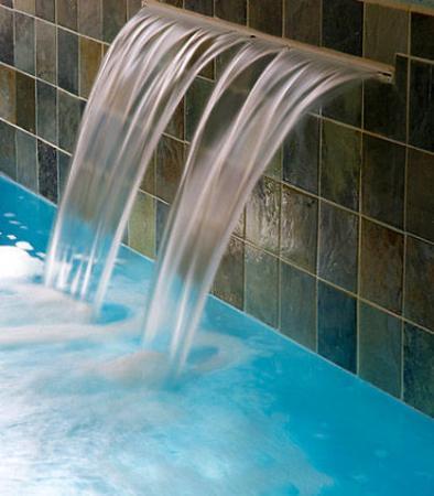 Wyomissing, PA: Pool Waterfall
