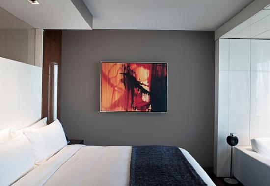 Hotel Beaux Arts Miami: One-Bedroom Junior Suite